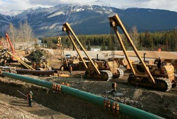 Kinder Morgan Canada pipe project hearings end, fate in balance