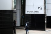Days before key ruling, TransCanada's Keystone pipeline leaks 795,000 litres of crude oil in South Dakota