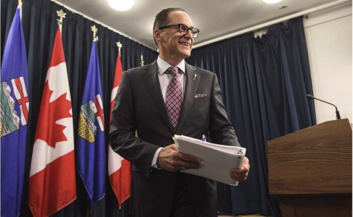 Varcoe: Another credit rating downgrade for Alberta as it rides oil price roller-coaster