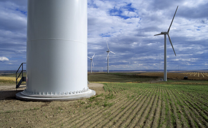 Canada's oil capital takes big leap toward renewable energy as it seeks to balance climate with oilsands