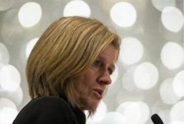 Yedlin: Notley ups pressure on pipeline, with Ottawa's support