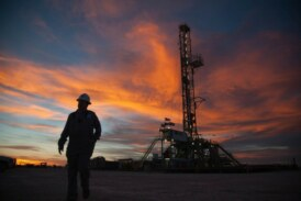 Oil rises ahead of OPEC, pressured by China tariffs