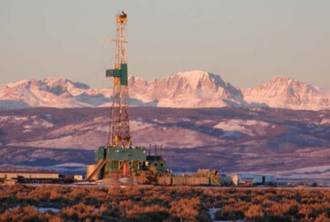 U.S. drillers add oil rigs for fourth consecutive week