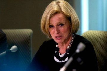 B.C. to face consequences over plan to ban increased oil shipments: Alberta