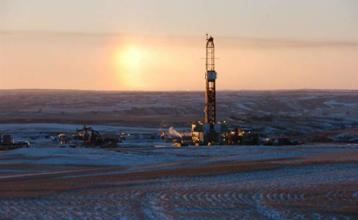 Saskatchewan introduces law to allow control of oil, gas exports