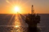 Oil nudges higher on tightening supplies, weak dollar