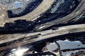 Thai energy major delays project in sign Big Oil remains wary of oilsands