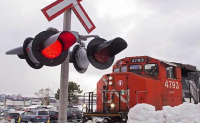 NAFTA uncertainty presents risk for Canadian railways, says analysts