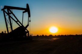 Oil up on escalating US-Iran tensions, but trade war worries cap gains