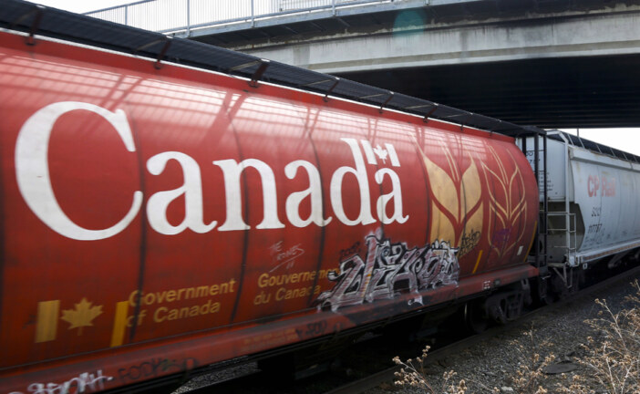 'Complete and utter disrepair': Business groups slam Ottawa's changes to transportation bill
