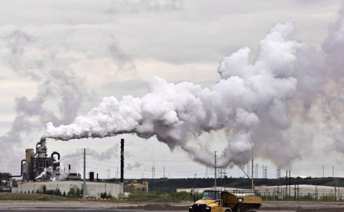 Suncor says Syncrude won't ramp up to full production until early to mid-September