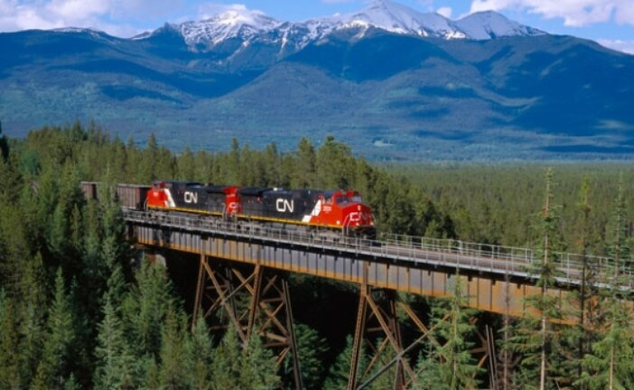 Cenovus inks deal to move more crude on Canadian National Railway