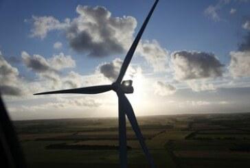 Wind turbines bigger than jumbo jets seen growing even larger