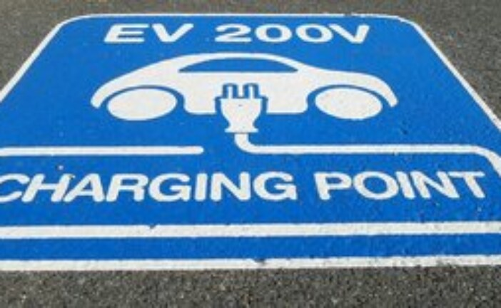 Electric car sales rising but Canada still nowhere near goal set in 2009