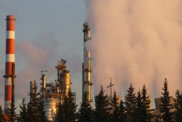 Imperial Oil profit falls, but dividend is going up