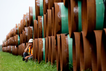 Canada's oilpatch has the most cash in five years — and nothing to spend it on