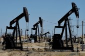 Oil prices plunge nearly 2% as optimism over possible U.S., China trade deal evaporates