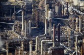 Canada's Syncrude oil facility ramps up output after disruption