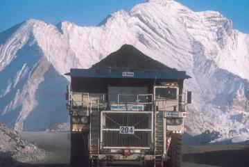 Teck to cut coal production amid rail blockades and coronavirus outbreak