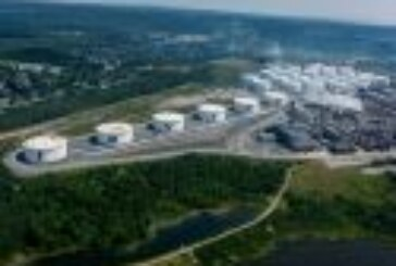Attack on Saudi Arabian crude plant leaves Canada's biggest oil refinery vulnerable