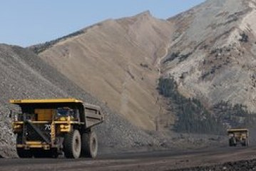 Teck CEO defends strategy at mining conference as investors launch criticism