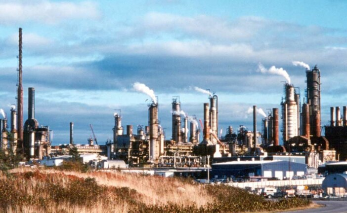 Irving Oil to buy owner of the Come-by-Chance refinery