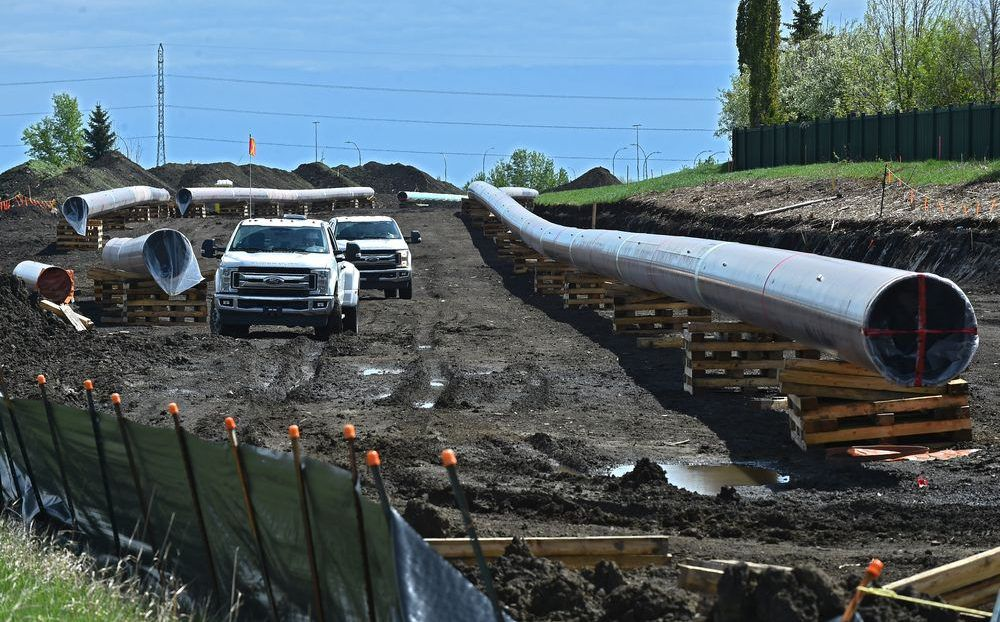 Trans Mountain Expansion Project pipeline work being done along Anthony Henday Dr. and Whitemud Dr. in Edmonton, May 26, 2020.