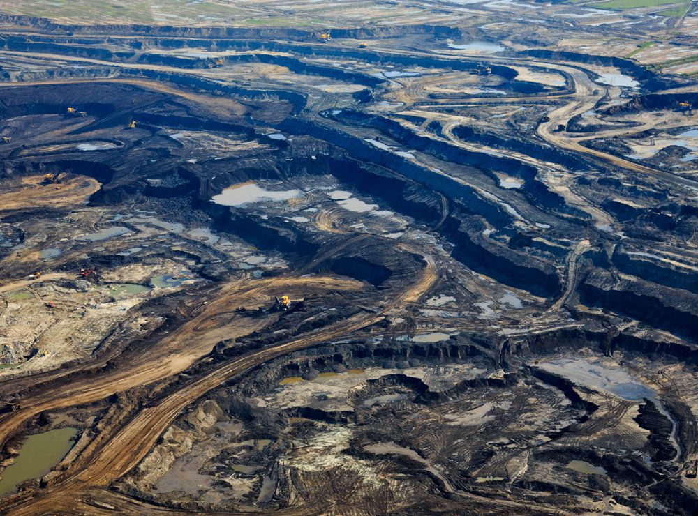 An aerial view Suncor's Millennium Mine oilsands operation north of Fort McMurray, Alta.